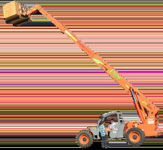 contratistas de mep operando carretilla elevadora de construcción